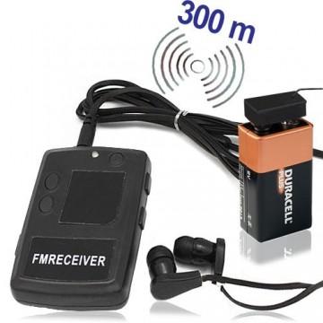 Preiswertes Funk-Abhörgerät komplett mit passendem Empfänger. Für Reichweiten bis zu 300 mtr. bei guten Bedingungen.