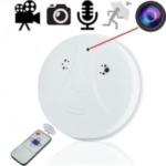 Versteckte HD Spionagekamera im Rauchmelder. Auflösung: 1280 x 960 mit Ton. Durch die geltende Rauchmelderpflicht ist diese Spionagekamera praktisch überall und in fast jedem Raum diskret zur Videoüberwachung einsetzbar ohne Aufsehen zu erregen.