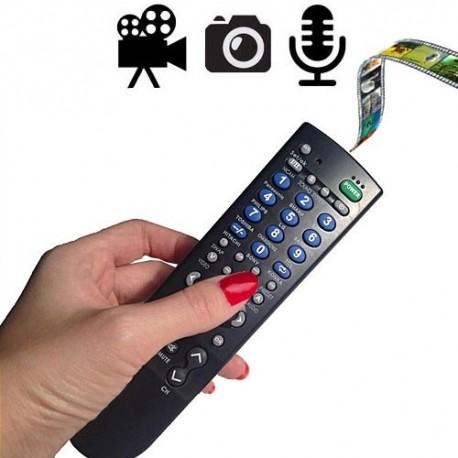 Wo kann man besser eine Spionagekamera verstecken als in eine Fernbedienung. Die ideale Videoüberwachung auf Knopfdruck. Einzelne Bilder schießen, seperate Videos aufnehmen, Sprachaufnahmen tätigen oder Ihr TV-Gerät damit steuern.