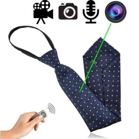 Für diskrete & unauffälliger Video Aufnahmen mit Ton. Stilvolle Krawatte mit getarnter Spionagekamera für investigative Videoüberwachung. Kamera-Linse perfekt integriert im Muster der Krawatte.